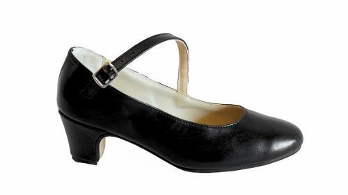 8b4d3ad4 Zapatos De Español Y Folklore En Cuero Negro, Crema Y Blanco ...